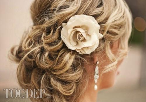dạy bới tết tóc cô dâu cơ bản nâng cao KORIGAMI KUANSAIGON (46)